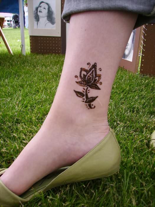 Henna Tattoo Designs Anklet: Henna Tattoo On Ankle