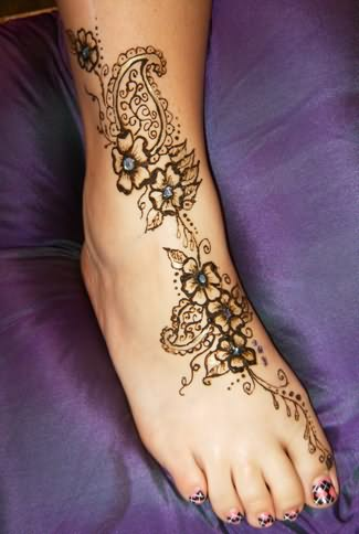 Henna Foot Tattoo For Girls