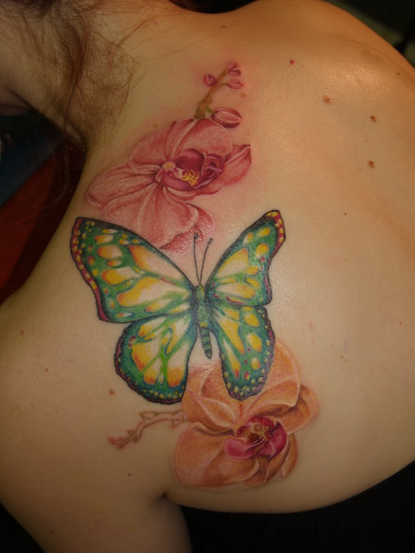 Butterfly flower tattoo design for Lotus flower and butterfly tattoo designs