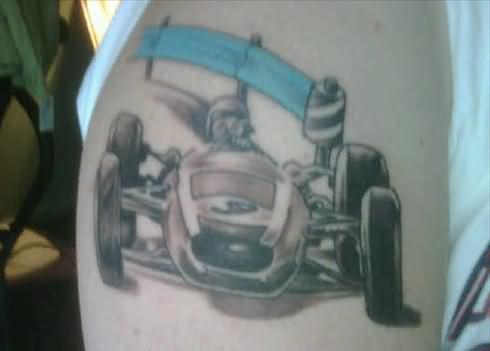 Hallx Car Tattoo On Shoulder