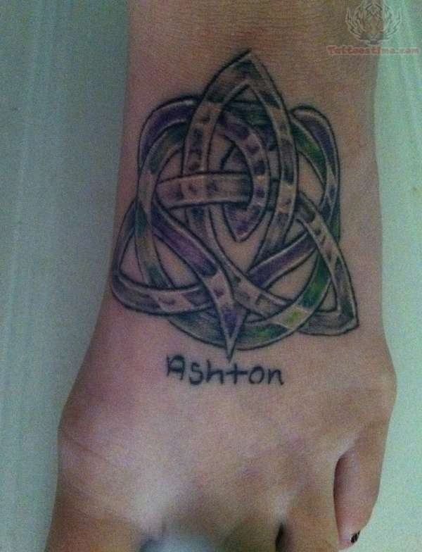 Brother Symbols Tattoos Designs Celtic knot design tattoo