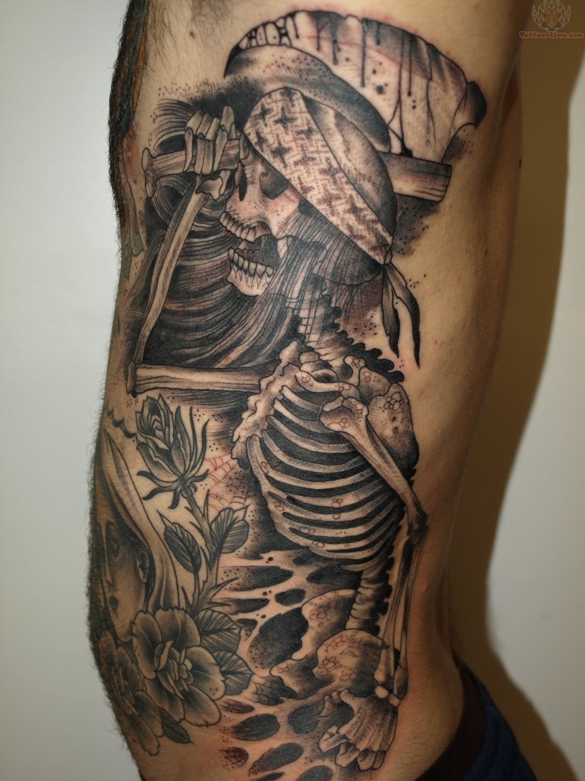 Skeleton tattoo images designs for Black tattoo ink