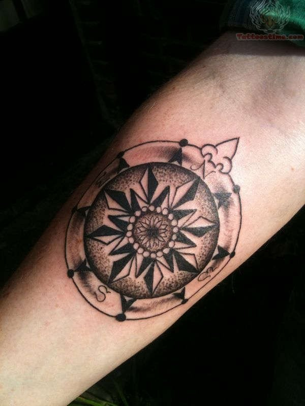 Awesome compass tattoo on arm for Compass tattoo arm