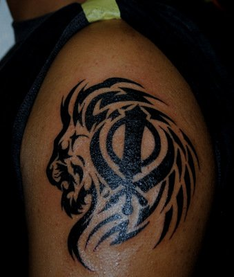 Sikh Tattoo Designs on Sikh Lion And Khanda Tattoo On Shoulder Jpg
