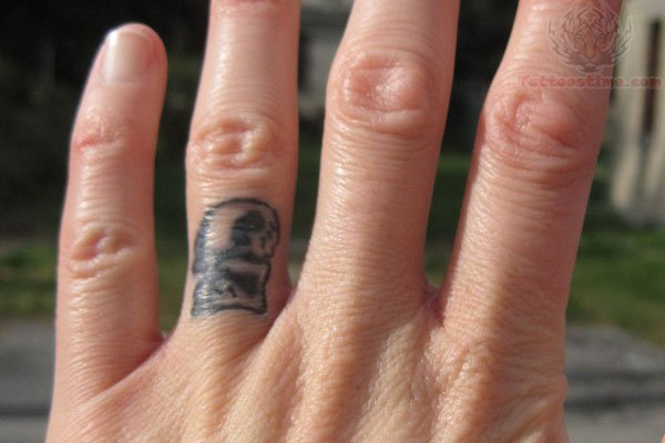 Wedding band fingers tattoo for Wedding tattoos on fingers