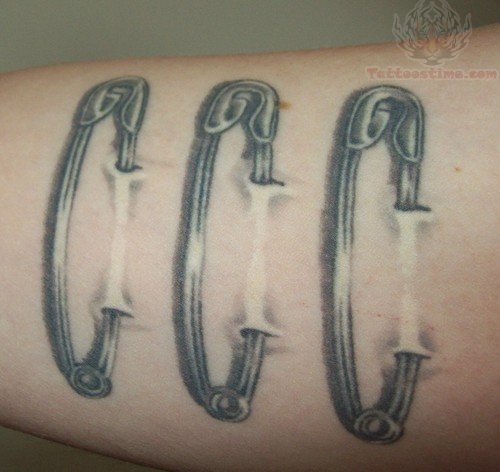 Pin By Gagan Sampla On Page Tattoo: Safety Pin Tattoo Images & Designs