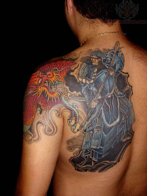 Samurai tattoo on men back shoulder for Female samurai tattoo