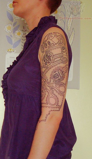 Pin Tattoo Sewing Make Things Needle And Thread Tattoojpg on Pinterest