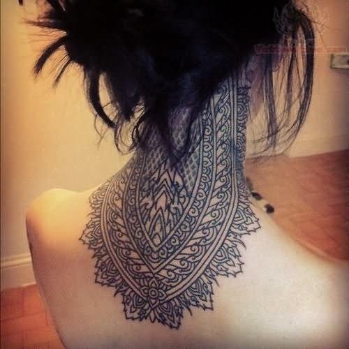 Tattoo Ideas Neck Girl: Back Neck Paisley Pattern Tattoo For Girls