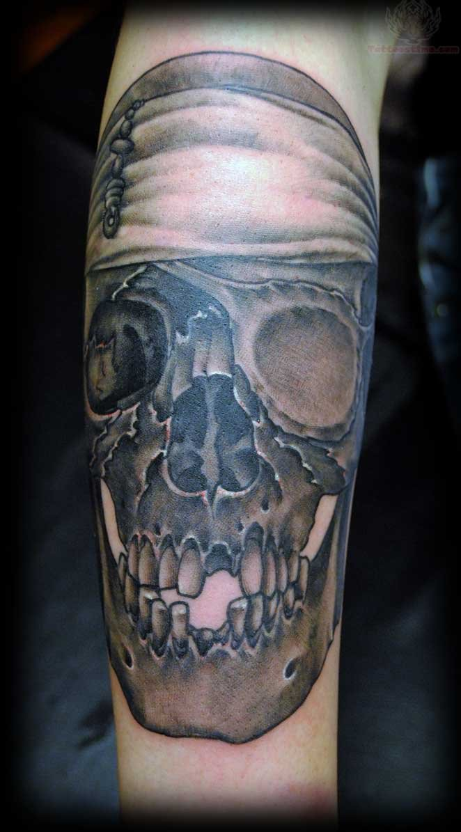 New school pirate skull tattoo - photo#22