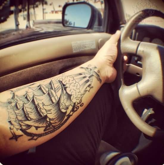 tattoo arme pirat