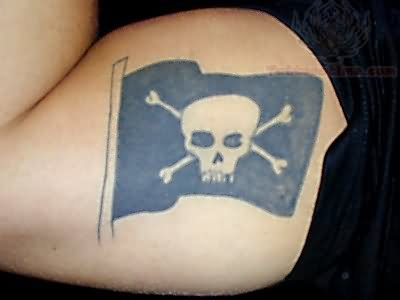 Pirate Flag Tattoo Images & Designs