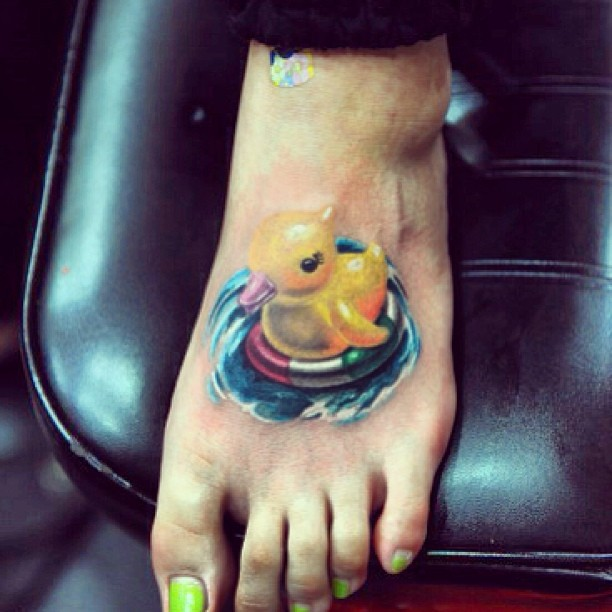 duck feet tattoo pictures to pin on pinterest tattooskid. Black Bedroom Furniture Sets. Home Design Ideas