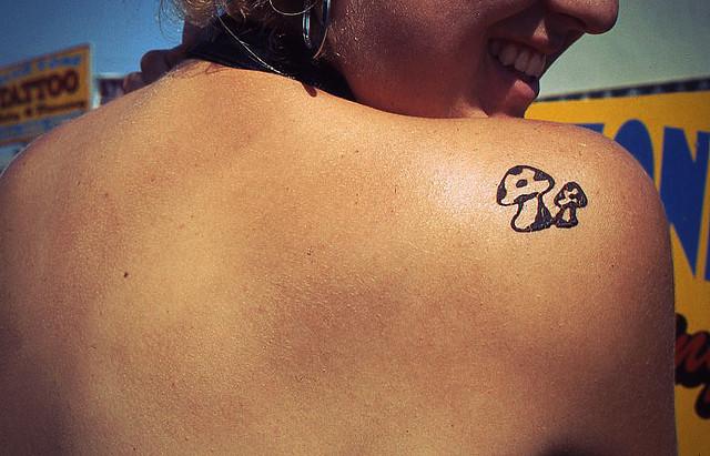 Right back shoulder mushroom tattoo for girls for Back shoulder tattoos for women