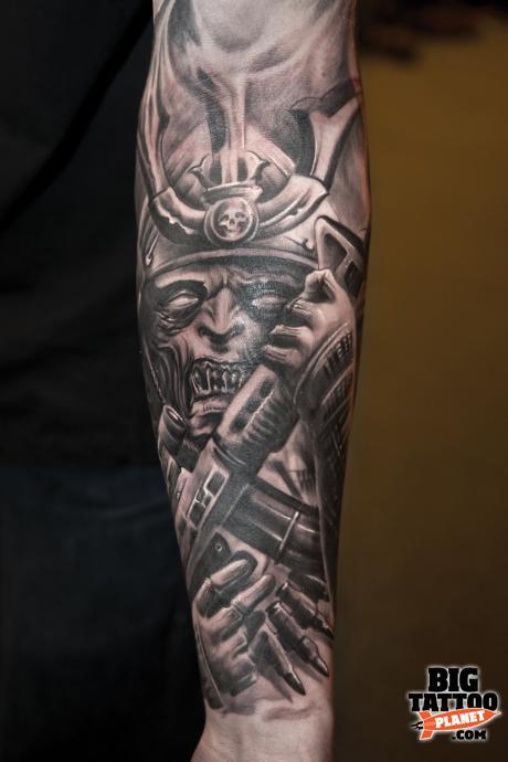 grey ink alien tattoo on sleeve. Black Bedroom Furniture Sets. Home Design Ideas