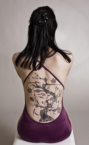Girl back tattoos tree — img 2