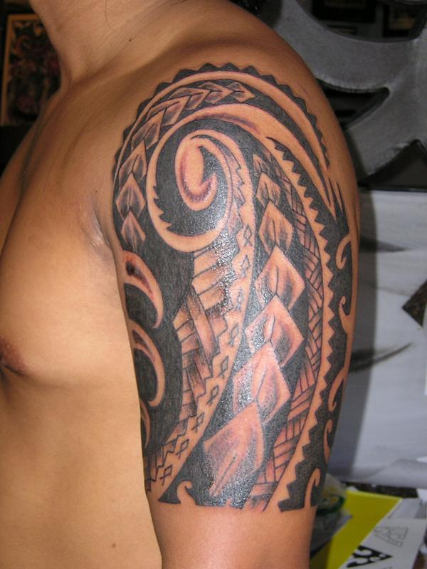 Hawaiian tribal tattoos for men for Tribal half sleeve tattoos