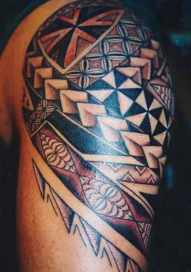hawaiian tribal tattoo on shoulder