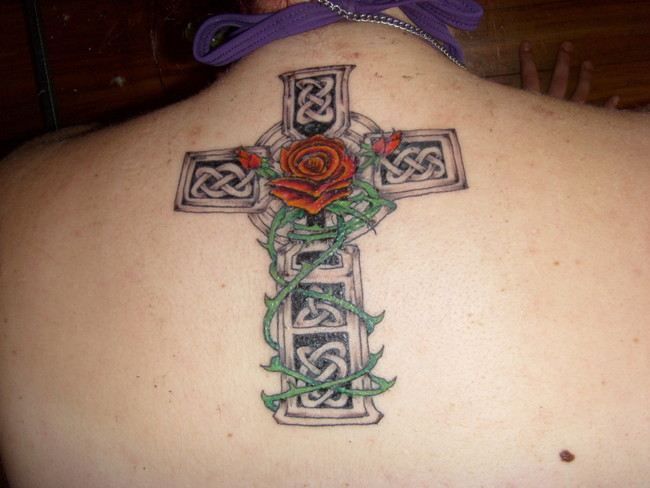 Cross tattoos page 17 for Celtic cross with roses tattoo designs