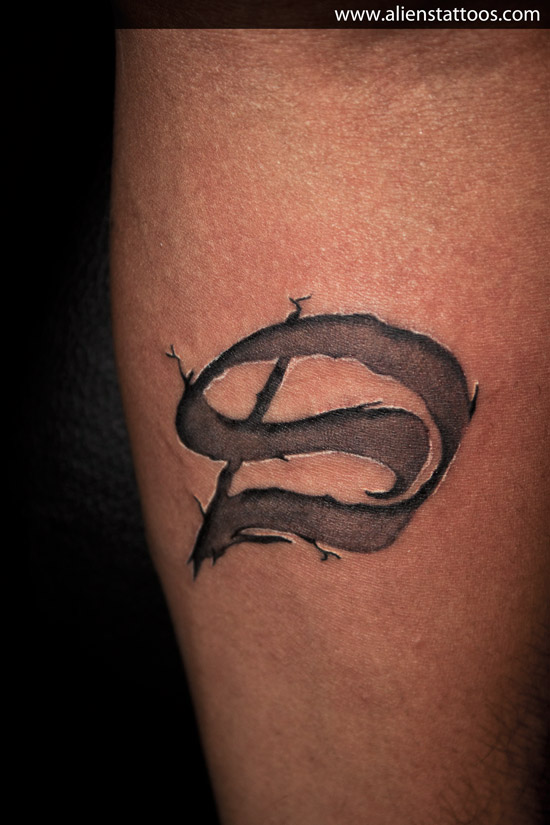 ambigram letter d tattoo