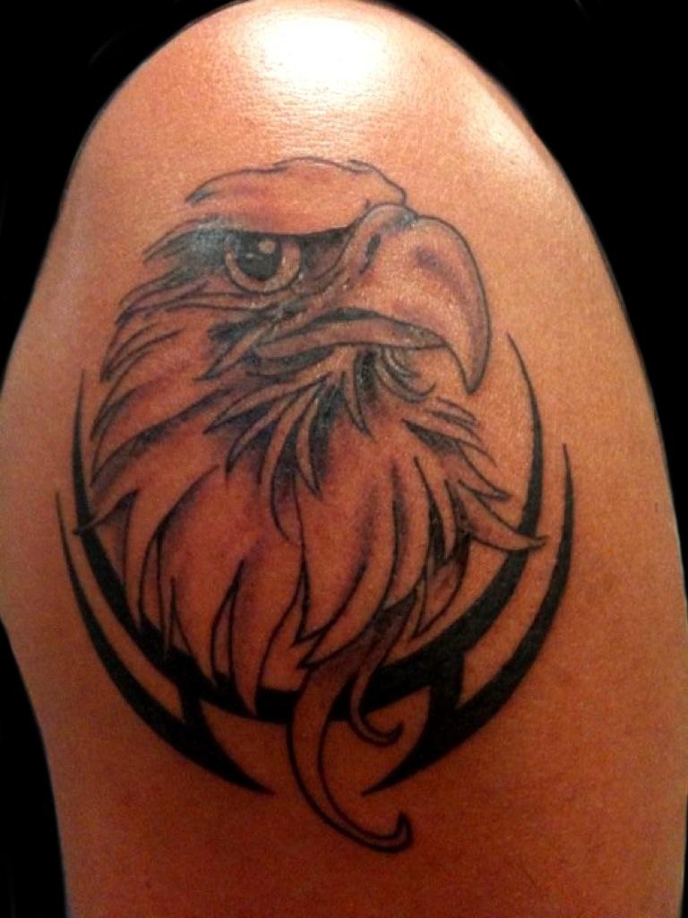 Eagle shoulder tattoo