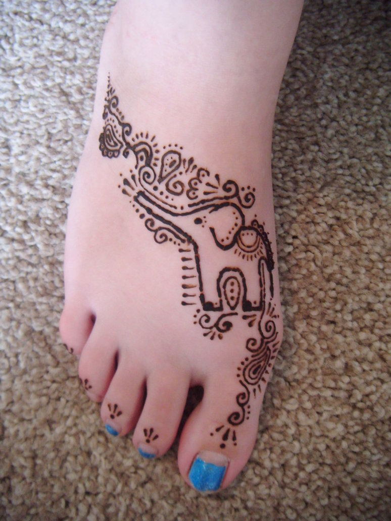 Henna Tattoo For Girl: Henna Elephant Tattoo On Girl Right Foot
