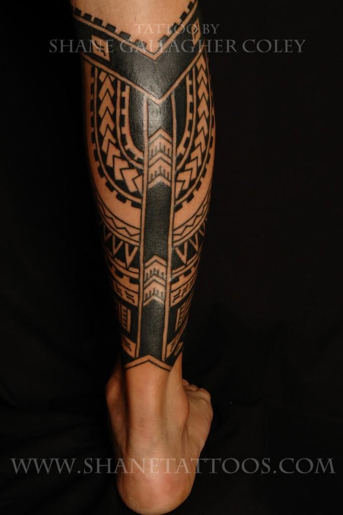 Black Ink Polynesian Leg Tattoo
