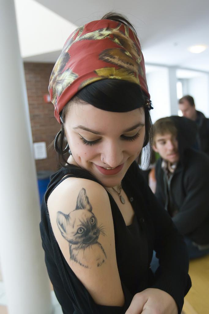 Tattoos für College-Mädchen für