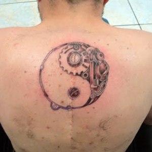 Yin Yang Tattoo Images & Designs