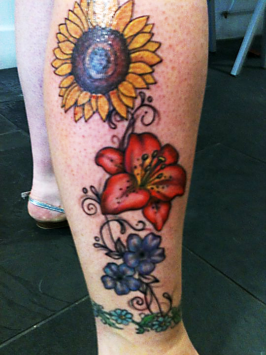 Flower Leg Tattoos: Leg Tattoo Images & Designs