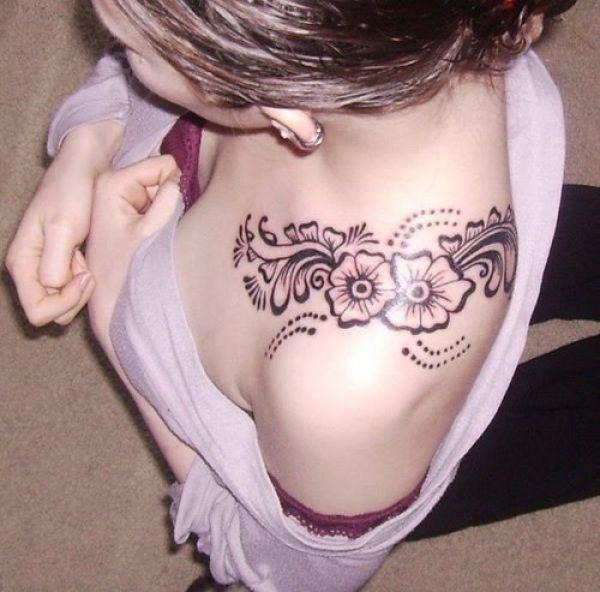 Feminine Tattoo Images & Designs