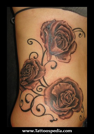 feminin tattoo rose