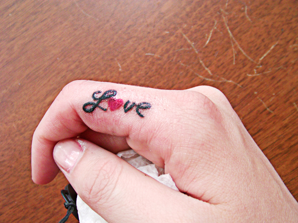 Tiny Red Heart And Love Tattoo Design