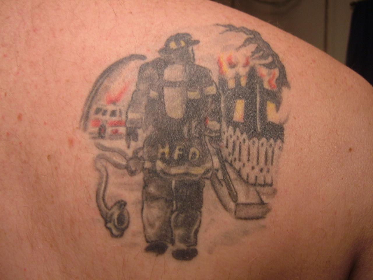 Тату на пожарную тематику фото