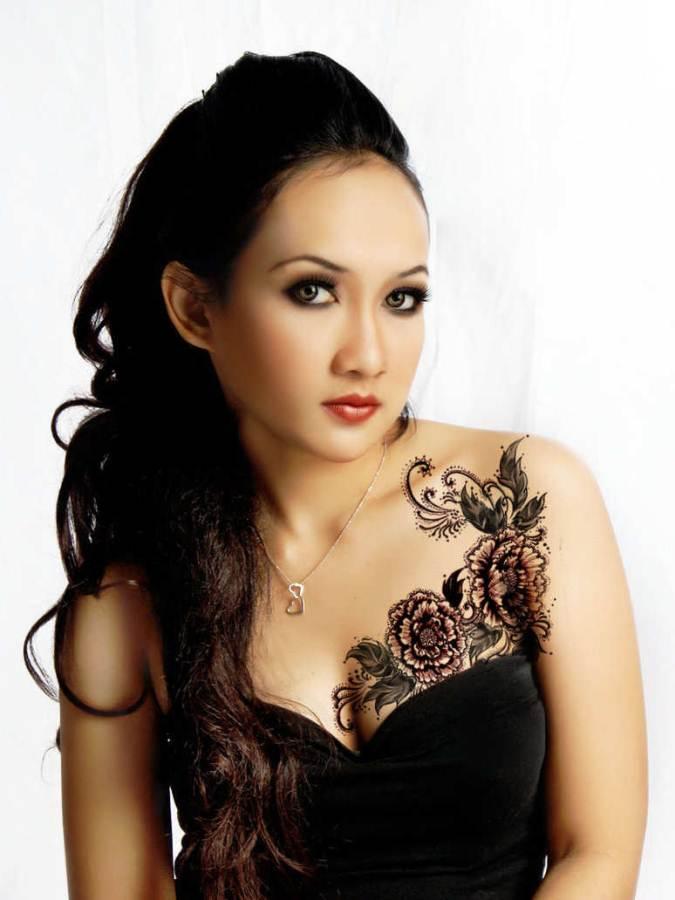 Butterfly Chest Tattoos For Women Flowers Women Chest Tattoo