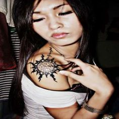 Tribal Shoulder Tattoo For Women