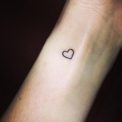 Small heart tattoo designs wrist interior home design for Small heart tattoos on wrist