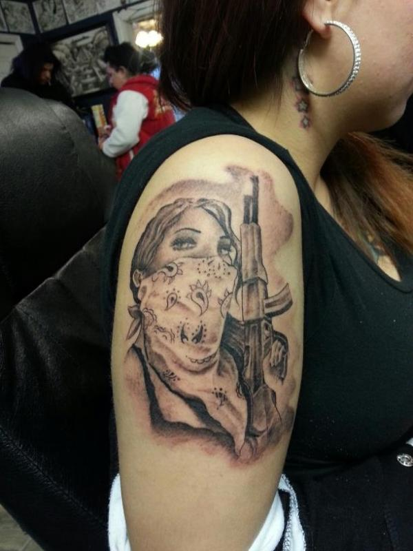 Gallery For gt Gangster Girl With Gun Tattoo