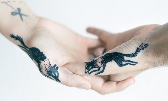 Running Wolf Tattoos S On Hands