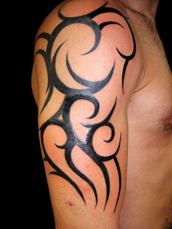 Awesome right arm tribal tattoo for men for Tribal tattoos for men forearm