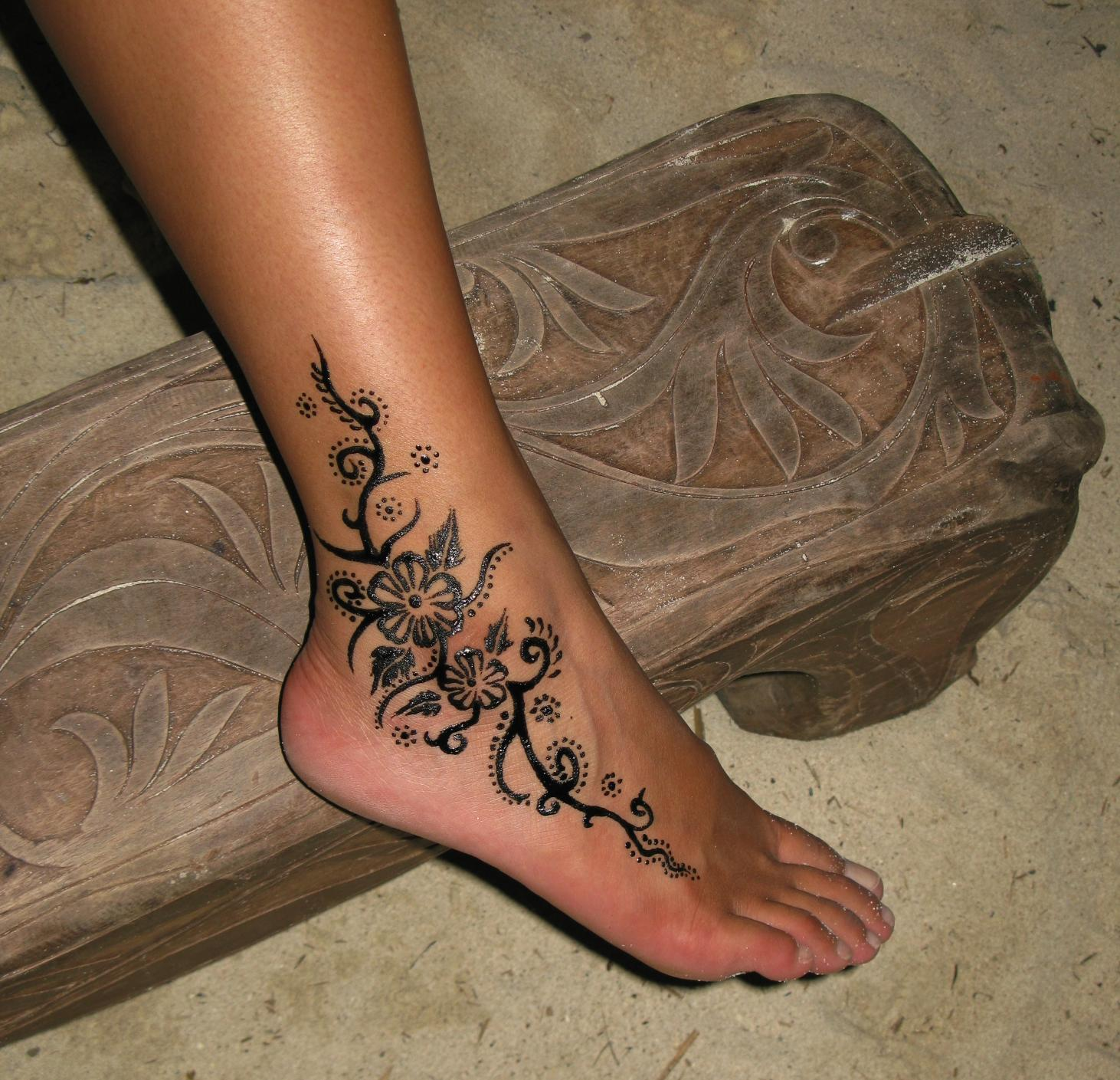 henna flowers ankle