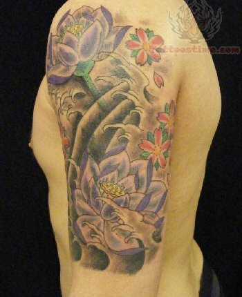 Attractive Japanese Colored Half Sleeve Tattoo