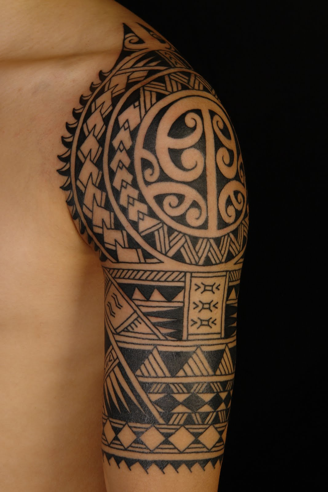 Half sleeve tattoo images designs for Images of tribal tattoos