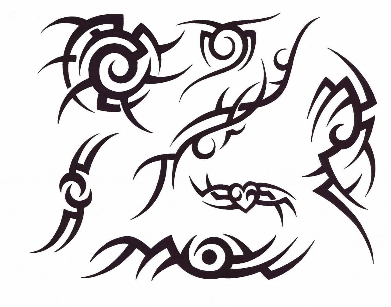 Black Tribal Henna Tattoos Designs