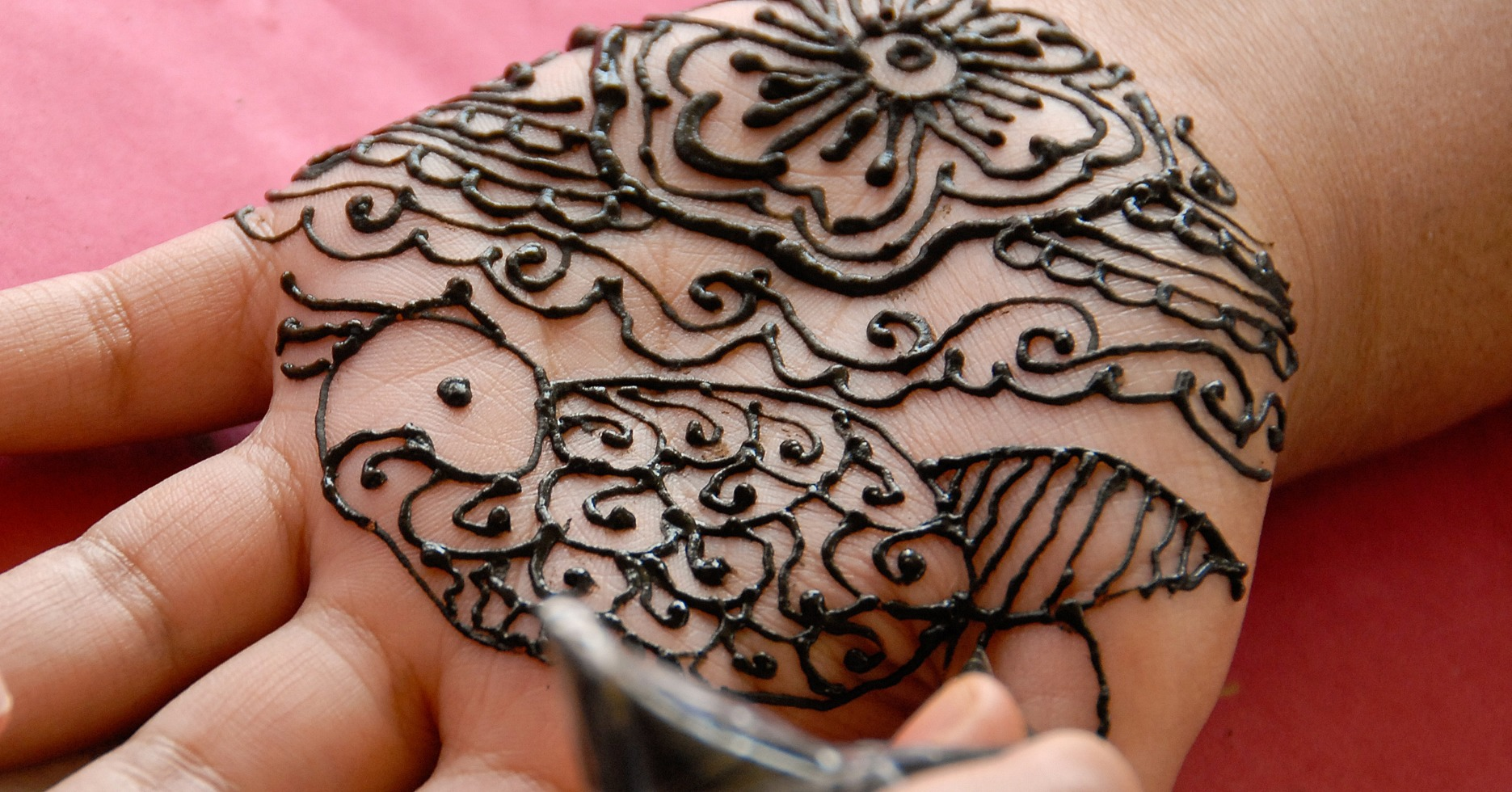 Mens Mehndi Tattoo : Crazy hand tattoo for men