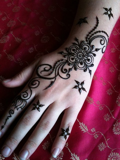 Mehndi Back Hand Flower : Henna flowers tattoo on left back hand