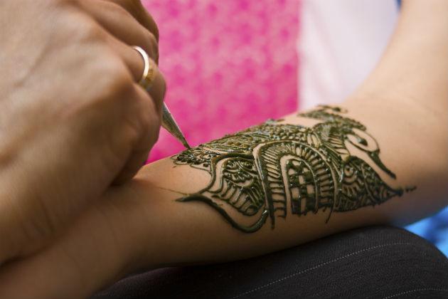 Amazing Henna Design Tattoo For Girls