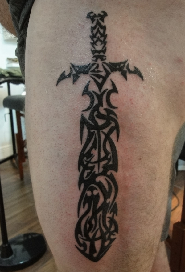 Tribal Dagger Henna Tattoo On Side Leg