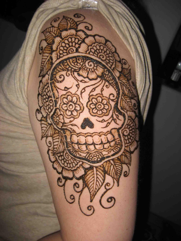 Skull And Flowers Henna