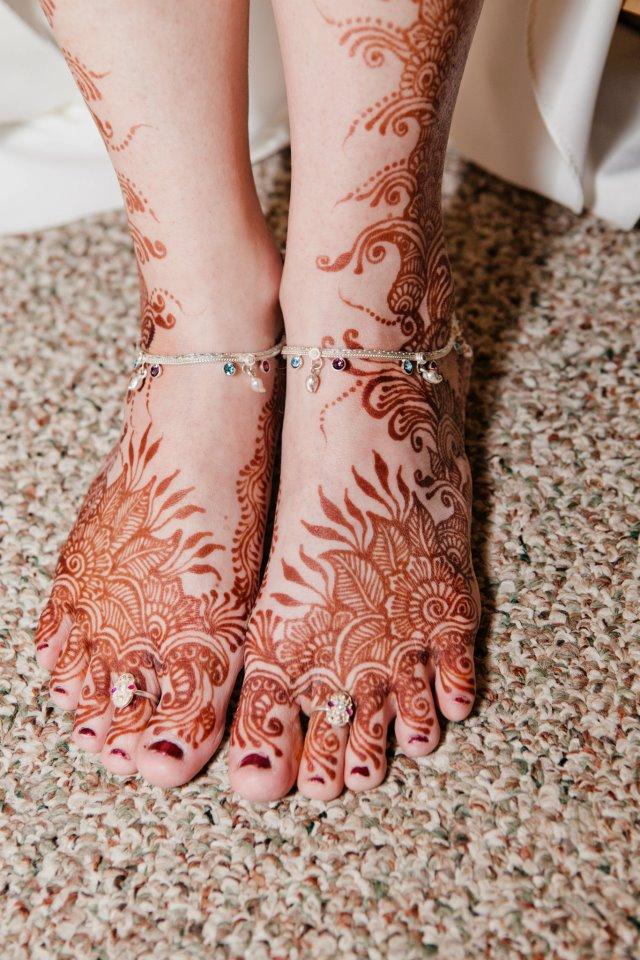 Wonderful Henna Tattoos On Girl Both Feet